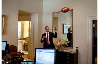 Obama-football-out_1394396i
