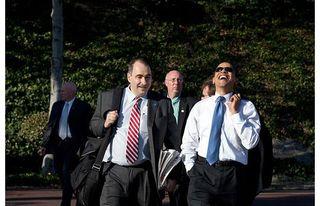 Obama-laugh_1394417i
